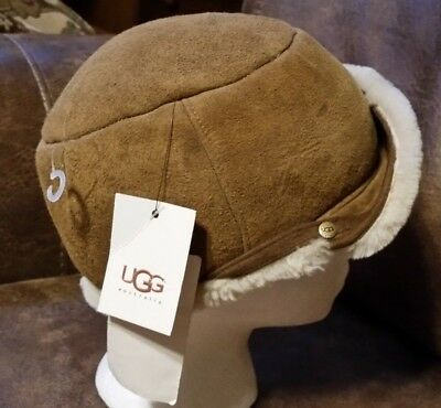 NWT New Youth UGG  Australia Hat Cap Chestnut Shearling Lining One Size