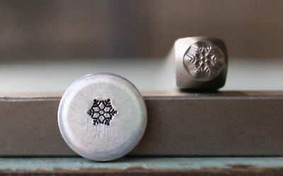 SUPPLY GUY 4mm Snowflake Metal Punch Design Stamp SGCH-256