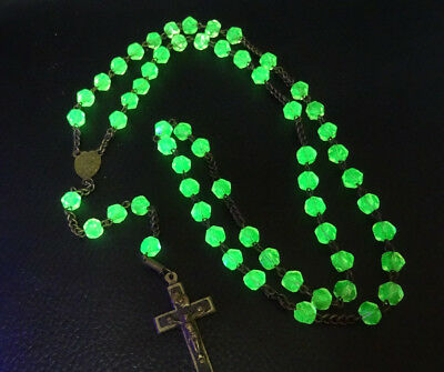 Very Rare Antique French Green Uranium Vaseline Religious Rosary Necklace 1800s