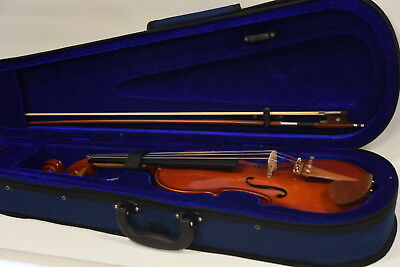 Freedom MV100 Violin - 1/2 (half) Size - With Case and Bow - Excellent Condition