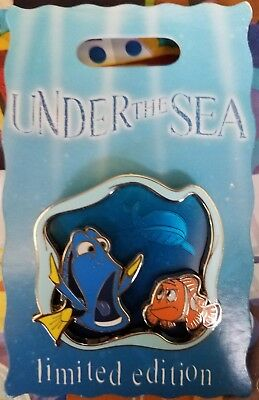 Disneyland LE 2000 Under the Sea Finding Nemo DORY & MARLIN 3D Pin on Pin
