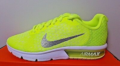 NIKE AIR MAX Sequent 2 Girls Trainer Size 5.5 Grey Pink RRP