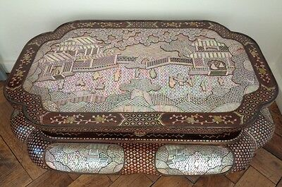 Gorgeous & Rare 19Th Century Chinese Lacquer & Mother Of Pearl Inlaid Table