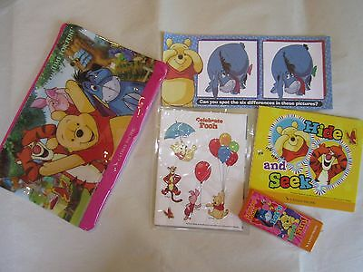 NEW Cathay Pacific Airlines Inflight Kids Disney Winnie The Pooh Zipper Bag Toys