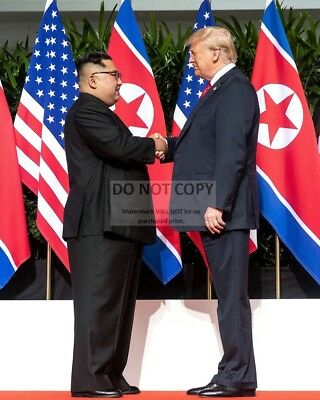 Donald Trump & Kim Jong-Un @ Singapore Summit June 2018 - 8X10 Photo (Bb-438)