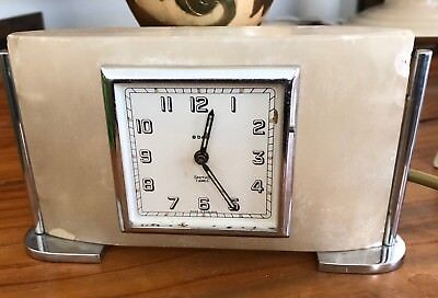 VINTAGE UNUSUAL SMITHS ART DECO MARBLE ONYX MANTLE CLOCK read description