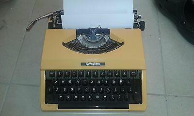 SILVERETTE Happy YELLOW TYPEWRITER SEIKO SILVER JAPAN 1960 retro Groovy Vintage