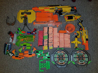 Nerf guns, huge collection, 16 guns, accessories and darts