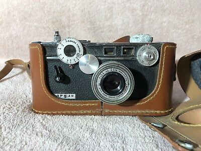 Argus Camera with fitted case
