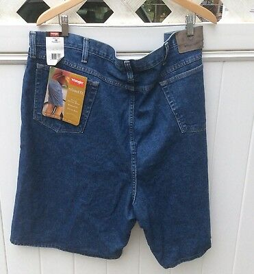 Wrangler Mens Jean shorts Relaxed Fit Sz 48 NEW- 2 Pairs