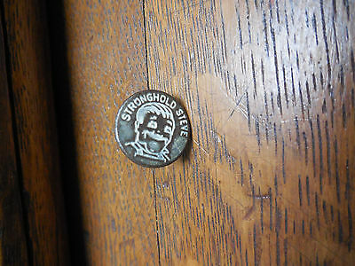 1940's Original STRONGHOLD STEVE Blue Jean Button Embossed Face RARE California