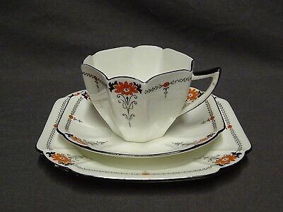 Collectable Art Deco Shelley Queen Anne 11497 Red Daisy Trio - Cup Saucer Plate