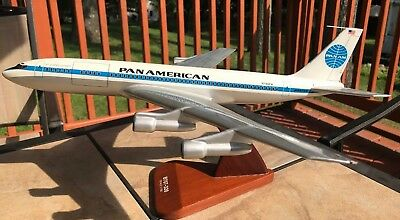 "Large Travel Agency Size Pan American Am Boeing 707-320C Model 1/100 18"" Long"