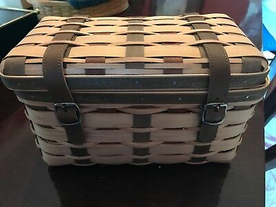 Longaberger 2007 Collectors Club American Craft Traditions Trunk with Protector