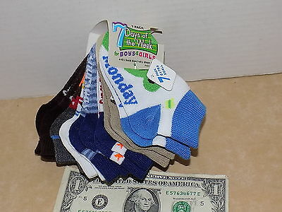 Smart Feet New Days of the Week 7 Pair Toddler Boy Girl Ankle Socks sz 4-6 1/2