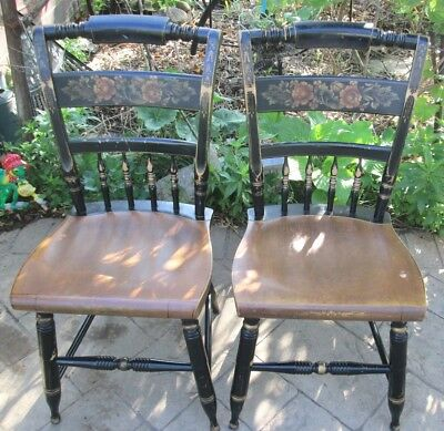 2 Hitchcock Pair Of Black Harvest Inn Chairs/dining Chairs Signed