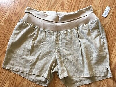 NWT Old Navy Women's Maternity Shorts. Size L