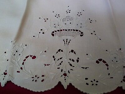 """1 Madeira Embroidered and Cutwork Linen Hand Towel 26 1/2"""" by 17"""""""