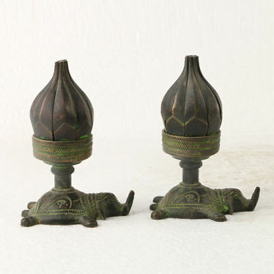 A Pair of Chinese antique Bronze Statue carved Lotus