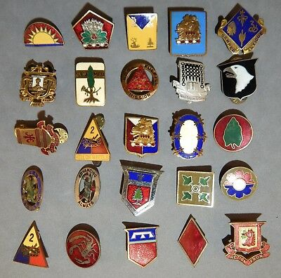 Lot of 25 WWII World War 2 & Post U.S. Army Used DUI Distinctive Unit Insignias