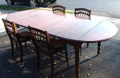 Antique, 1900 Kitchen/Dining Tablew/4 Leaves& Case, 4 Chairs, Table Pads