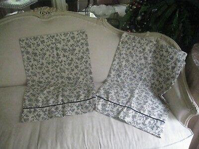 French Country Waverly Floral Black & Cream W/ Black Piping (Pair) Pillowcases