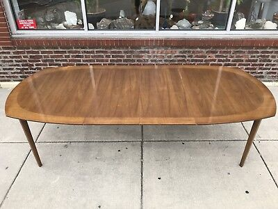 Drexel Heritage Cane Mid Century Modern 6 Chairs & Table 2 Leaves & Hutch Buffet