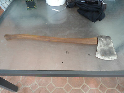 Vintage  1930S Plumb 4 1/2 Axe With New Handle 80Cms /very Good Condition