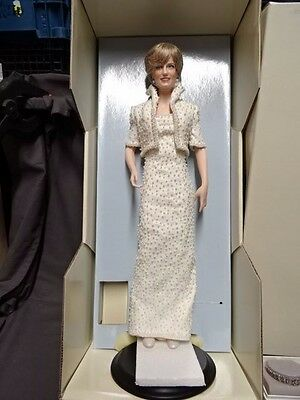 "Collectable Boxed Franklin Mint Large 18"" DIANA PRINCESS OF WALES Doll Figure"