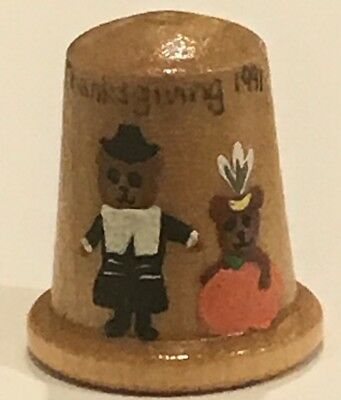 Vintage Handpainted Wooden Thimble Thanksgiving 1991 T-708