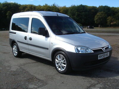 Vauxhall Combo Tour Essentia,2010 (59),disabled Wheelchair Access,silver,