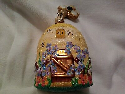 Patricia Breen Christmas Ornament Chelsea Beeskep 2006 5.11 inches