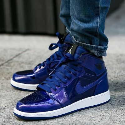 Air Jordan 1 Retro High Mens Deep Royal Blue Basketball Rare Patent 332550  420 c1f52a482