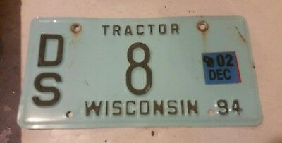 1994 Wisconsin tractor license plate low number DS 8