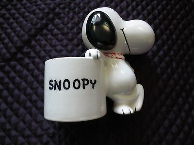 Vintage 1958 1966 Snoopy Ceramic Planter Shulz   United Feature Syndicate Inc