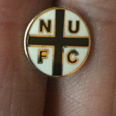 Newcastle United Nufc Small George Cross Enamel Pin Badge