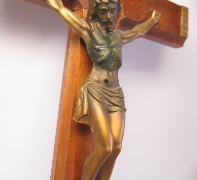 Miraculous Bleeding Jesus Crucifix - Vintage Christian Miracle Relic