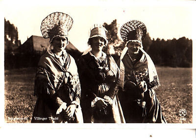 BC33.Vintage German Postcard. Black Forest Villagers in their local costume.Hats