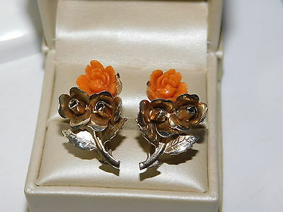 Vintage Faux Carved Coral Rose Gold tone Screw back Earrings 6c 69
