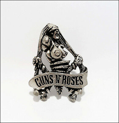 Guns & Roses 1992 Metal Pin Pinback Badge Axl Rose Slash Brockum Poker