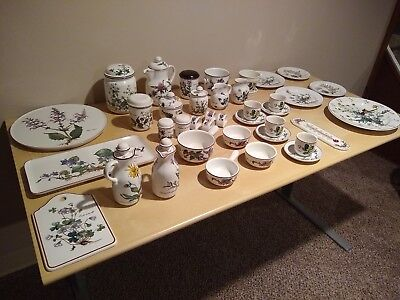 Villeroy & Boch Lot of Variable Items from Botanica Collection