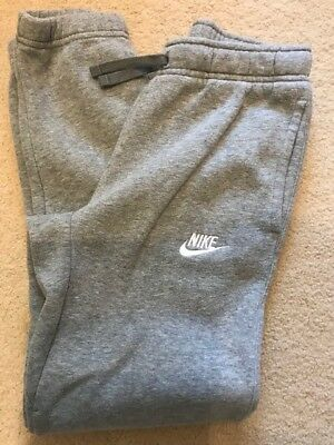 Boys Nike Tracksuit Pants, Size Medium