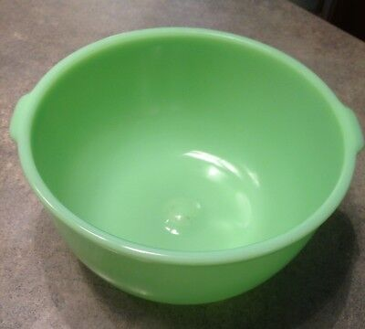 Vintage Green Jardite Mixer Bowl with Handles and Dimple Bottom Sunbeam piece