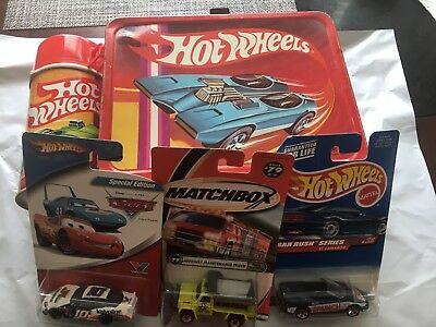 1969  HOT WHEELS  Metal Lunchbox & Thermos Very Good Condition + 3 Cars!