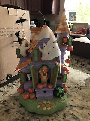 Avon Halloween House Spooky Sounds Lights Up Great condition. GLOW IN THE DARK