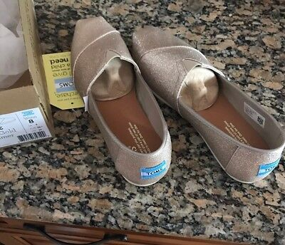 cab86452923 TOMS ROSE GOLD glimmer womens classics size 8 M flats New With Box ...