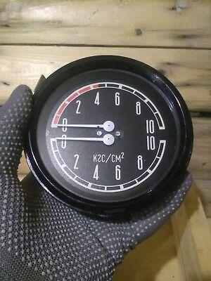 Vintage pressure-gauge.Steampunk Work.Upcycled Decor.industrial style.