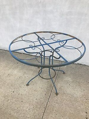 Unique Vintage Mid Century Wrought Iron Outdoor Patio Table Parlor