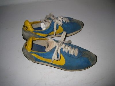 2e39ef3becc VINTAGE 1970S NIKE Waffle Trainer Sneakers Shoes Made in Japan Size ...