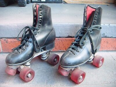 Vintage Retro Redstone Roller Skates In Good Condition From Melbourne